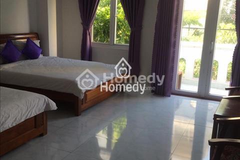Cho thuê khách sạn mới, 10 phòng, gần Phạm Văn Đồng, phố Hàn Quốc