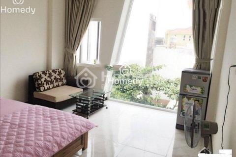 Căn hộ chung cư Tản Đà Court, quận 5, 98m2, 3 phòng ngủ, đầy đủ nội thất, giá 15 triệu/tháng