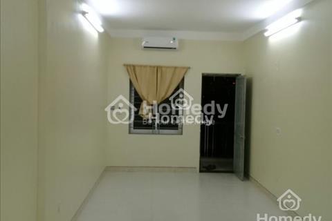 Cho thuê căn hộ chung cư mini tại Kim Mã - Vạn Phúc, diện tích 35m2