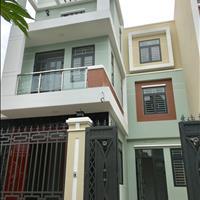 Biệt thự công ty Vạn Xuân xây ngay đường Thạnh Lộc 19, gần ngã tư Ga, Gò Vấp 8m x 15m