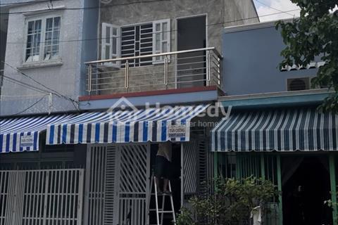 Bán nhà 4x14m mặt đường Nguyễn Hữu Trí, có sổ, giá thương lượng, bao sang tên