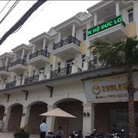 Hot nhất quận 8 nhà phố Tạ Quang Bửu 5 phòng ngủ, 5 WC, 1 trệt, 1 lửng, 2 lầu, hỗ trợ coi nhà ngay