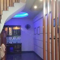 Bán nhà đẹp phố Đào Tấn, 49m2, 5 tầng, giá 3,75 tỷ