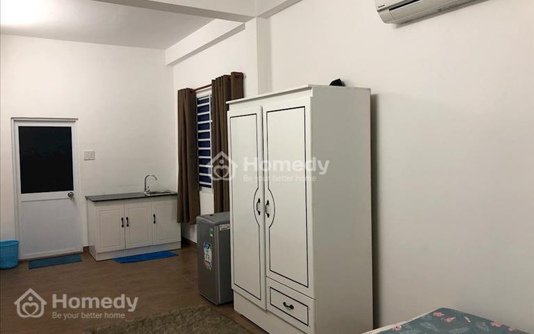 Chính chủ cho thuê căn hộ mini đầy đủ nội thất mới xây đường Võ Văn Kiệt, quận 1