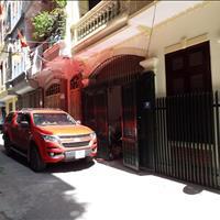 Bán nhà quận Cầu Giấy - Chính chủ sổ đỏ, khu vực Trần Quốc Hoàn, nhà hướng đông bắc, dân trí cao