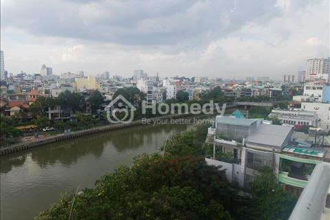 Chính chủ cho thuê chung cư 10A Trần Nhật Duật, Quận 1, 72m2, 2PN 2 ban công view sông, 12 tr/tháng