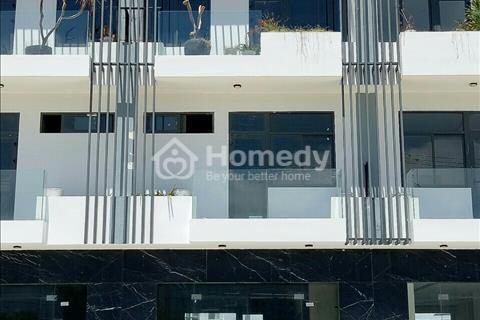 Cho thuê duy nhất 1 căn nhà 5 phòng ngủ siêu đẹp mặt tiền Lê Văn Duyệt (có ảnh kèm)