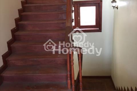 Cho thuê nhà mặt phố Ngọc Lâm, diện tích 80m2 x 5 tầng, mặt tiền 6m, giá 40 triệu/tháng