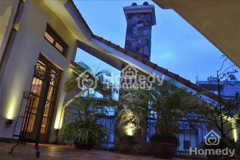 Bán biệt thự Hoàng Cầu - Xã Đàn, diện tích 120m2 x 4 tầng, giá 28 tỷ