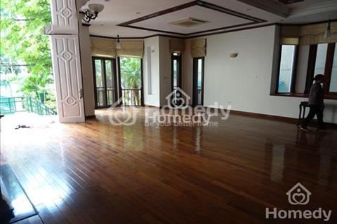 Cho thuê gấp biệt thự mặt phố Tô Ngọc Vân, để ở hoặc làm văn phòng công ty