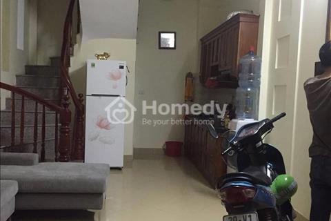 Cho thuê nhà 5 tầng tại Hồ Đền Lừ, Hoàng Mai, Hà Nội giá 8.5 triệu/tháng