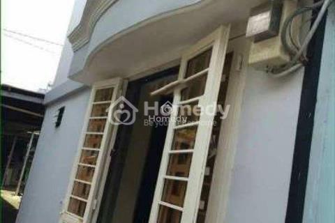 Nhà gác suốt Văn Cao gần chợ Tân Hương, diện tích 40m2, giá 4,5 triệu/tháng