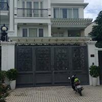 Chính chủ cần bán gấp biệt thự Phú Mỹ 10.5x21m, 3 lầu, 5 phòng ngủ, 5 wc