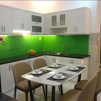 Cần tiền nên bán nhà 4,5x15m 3 lầu - Hà Huy Giáp, Hồ Chí Minh