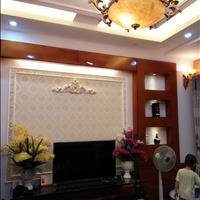 Cần bán nhà mặt phố Trần Kim Xuyến, Cầu Giấy 95m, thang máy, 32 tỷ