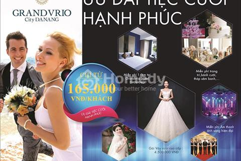 Tổ chức tiệc cưới trong mơ tại nhà hàng tiệc cưới Đà Nẵng đẳng cấp 4 sao chỉ với 1.65 triệu/bàn