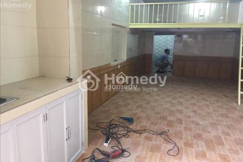 Cần cho thuê căn hộ tập thể tầng 1 phố Vĩnh Tuy, đủ đồ, giá rẻ