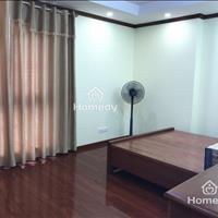 Cho thuê căn hộ 3 phòng ngủ, full nội thất chung cư 125 Hoàng Ngân