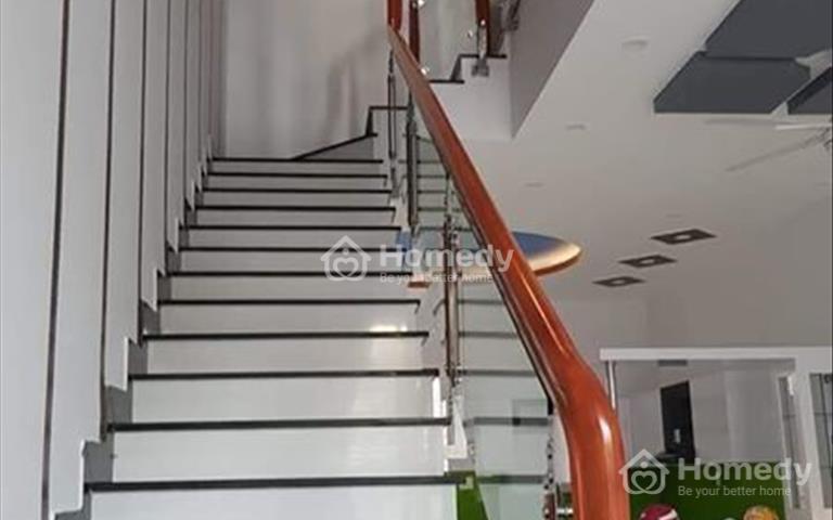 Bán nhà đường P3 - khu dân cư Phú Nông, full nội thất