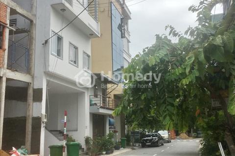 Bán nhà cấp 4 mặt tiền đường số Lý Phục Man Phường Bình Thuận, quận 7