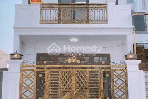 Bán nhà 1 trệt 1 lầu mới hoàn thiện, thiết kế sang trọng, khu dân cư 148 đường 3/2, Hưng Lợi