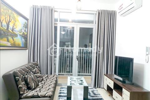 Nhượng lại hợp đồng cho thuê căn hộ chung cư cao cấp 2 phòng ngủ, full nội thất, view hồ bơi