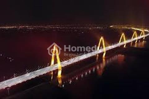 Bán căn hộ giá rẻ view sông Hồng - cầu Nhật Tân - 880 triệu