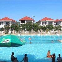 Bán nhà đối diện bể bơi - Nơi lý tưởng để sống