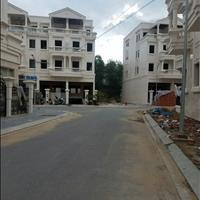 Nhà phố Park Hill dãy thương mại, không hầm đối diện chung cư, DT: 100m2 5 lầu giá 13.8 tỷ