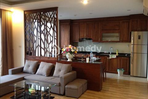 Gia đình chuyển nhà mới nên cần bán căn hộ chung cư Phú Gia, 3 phòng ngủ tầng 11 giá 26,72 triệu/m2