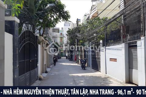 Chính chủ bán nhà giá rẻ khu phố Tây đường Nguyễn Thiện Thuật, phường Tân Lập, Nha Trang