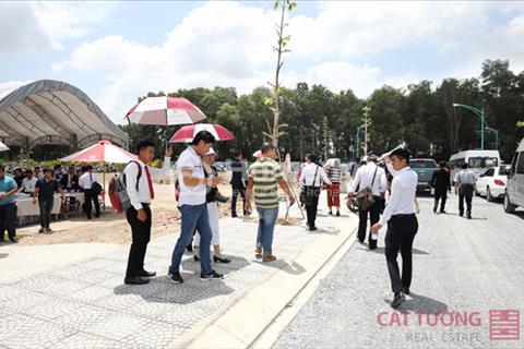 Đất nền mặt tiền ĐT 743 ngã 4 Bình Chuẩn sổ hồng riêng ngay Ủy ban Nhân dân