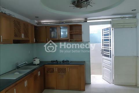 Sang nhượng nhà nguyên căn đang kinh doanh phòng trọ cho thuê có 8 phòng, 1 trệt, 1 lửng và 3 lầu
