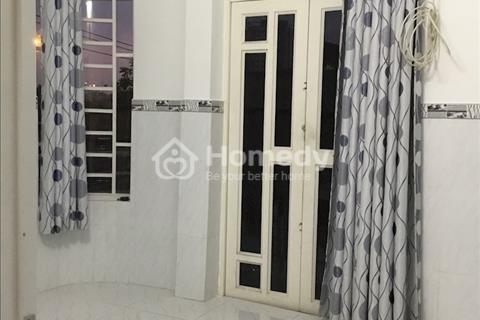 Bán nhà 2 mặt tiền đường Trần Xuân Soạn, gần cầu Tân Thuận, 1 trệt 1 lầu giá 1.2 tỷ