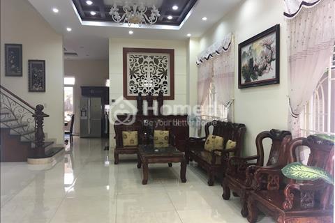 Biệt thự Him Lam, gần Lotte Mart, quận 7, 10x20m, hầm, 4 tầng, 6PN, 6wc, full nội thất, 66 tr/tháng