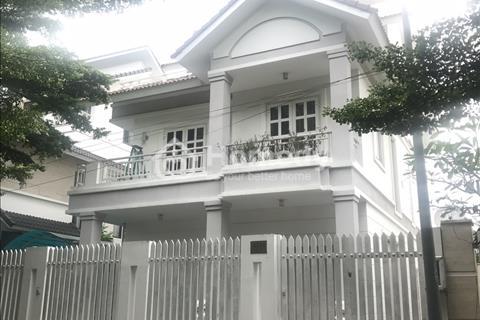 Biệt thự Sadeco, nhà đẹp, ngay SC VivoCity Quận 7, giá rẻ nhất khu vực