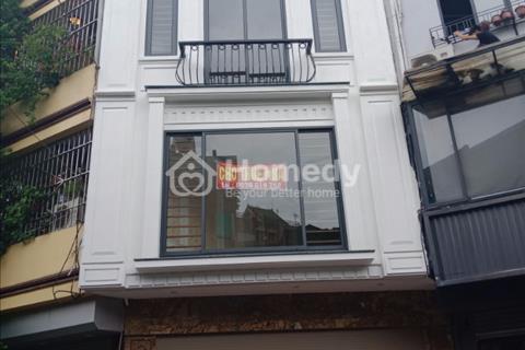 Cho thuê nhà ngõ phố Đỗ Đức Dục, phường Mễ Trì 130m2 x 4 tầng giá 35 triệu