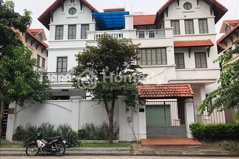 Bán biệt thự 180 m2, xây dựng 96m2 x 3 tầng, đã hoàn thiện BT5 Việt hưng