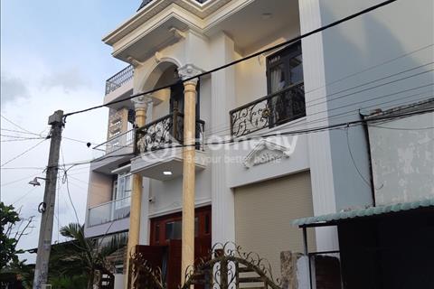 Hot, biệt thự mini mới xây - Thạnh Lộc 29 - gần ngã tư Ga Quận 12