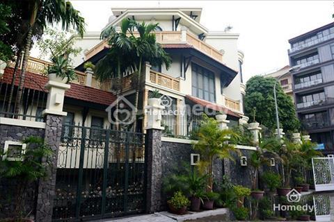 Biệt thự đẹp 1500m2 cho thuê đường nội bộ Bình Phú, Quận 6
