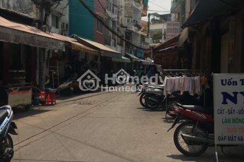 Cho thuê nhà đường Bành Văn Trân, ngay sân bay, thuận tiện đi lại, diện tích 5mx18m
