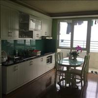 Gia đình cần bán căn góc (cửa vào Đông Nam, ban công Tây Bắc) tầng 22 của toà nhà Vinaconex 7