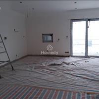 Bán căn hộ mặt tiền Lạc Long Quân, Quận 11, đầy đủ nội thất, tháng 9/2018 nhận bàn giao nhà