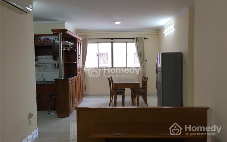 Cần cho thuê căn hộ 2 PN, chung cư H3, quận 4, giá 12 triệu/tháng, 75m2, đầy đủ nội thất