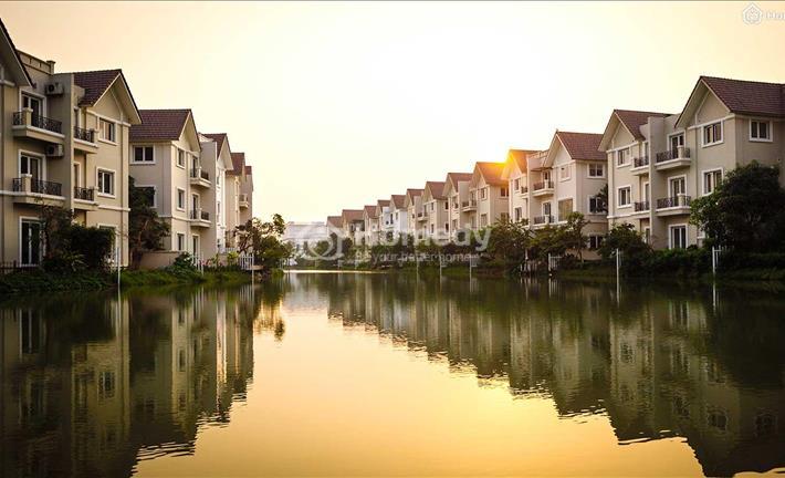 BĐS Hà Nội: Quận nào có giá biệt thự, nhà phố hợp lý nhất?