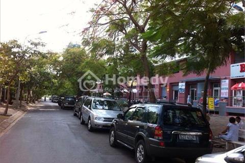 Bán nhà phố khu dân cư Conic 13B, 128m2 1 trệt 3 lầu, mặt tiền đường 3B, nhà đẹp, sổ hồng riêng