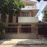 Cần bán gấp biệt thự ở Hưng Phú 189m2 tặng full nội thất gỗ