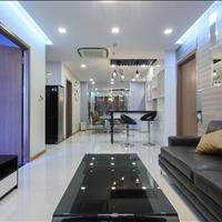Cần bán gấp căn hộ 2 PN đầy đủ nội thất tại Vinhomes Central Park tầng cao khu Central giá 3,9 tỷ