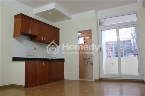 Cho thuê căn hộ chung cư cao cấp đường Nguyễn Văn Huyên giá rẻ căn đẹp