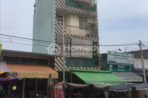 Cần tiền bán nhà gấp mặt tiền đường Phạm Văn Bạch, phường 15, quận Tân Bình